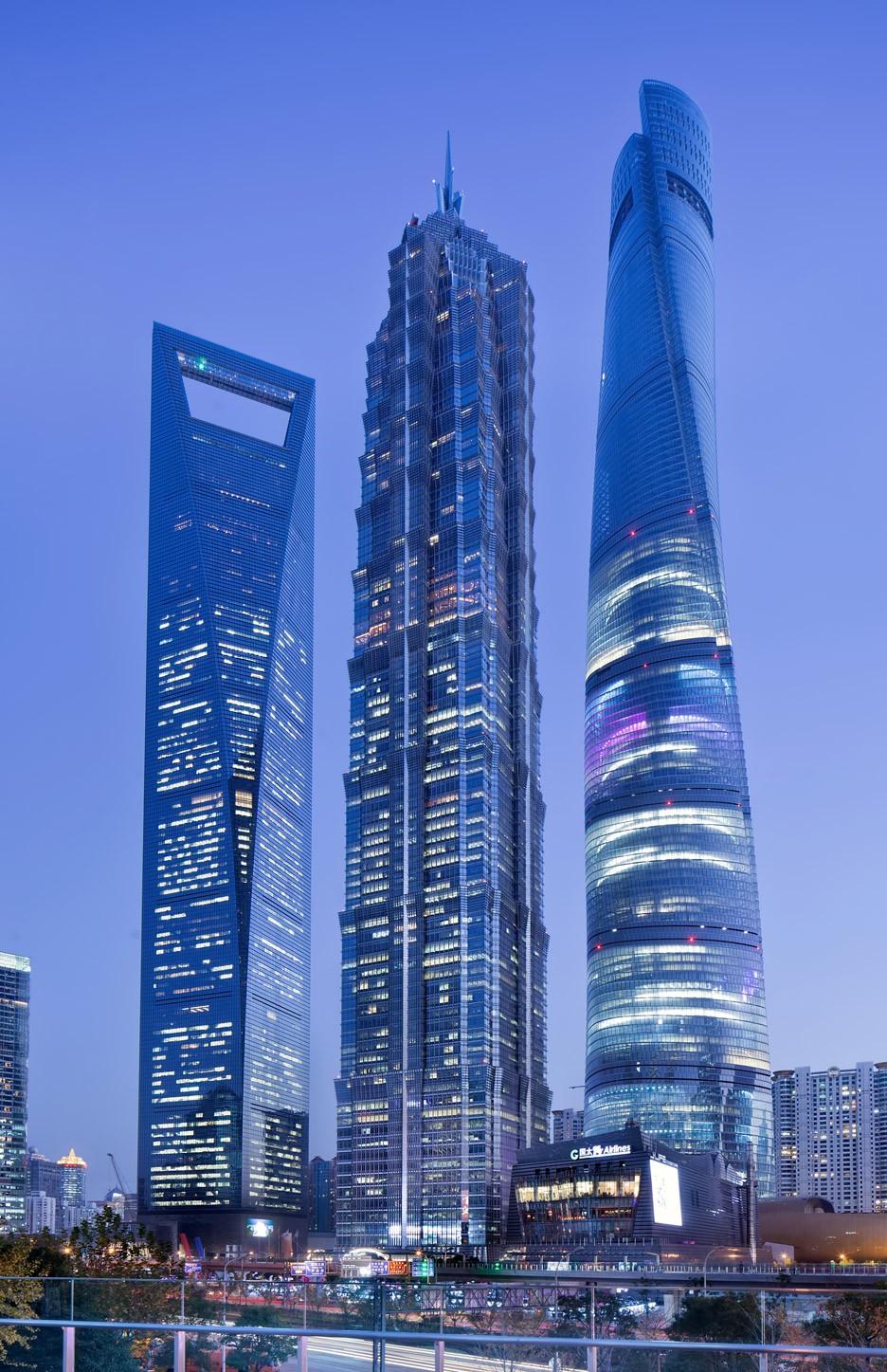 Строительство нового небоскреба